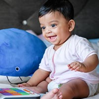 Games can help to distract babies & toddlers from discomfort caused by teething